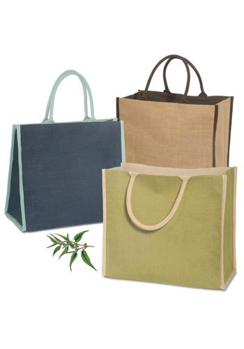 2017 Newest Design High Quality Hot Stamping Kraft Paper Bag with ropes